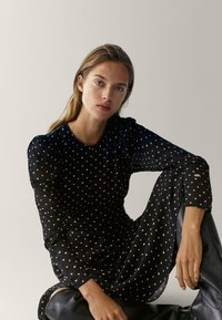 Massimo Dutti - MIT TUPFEN  - Maxi dress - black - 4