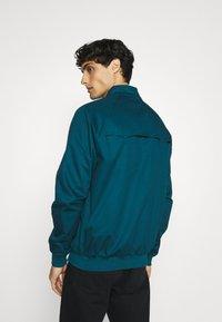 Ben Sherman - SIGNATURE HARRINGTON - Summer jacket - sea - 2