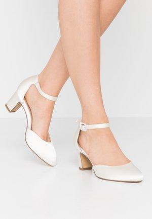 Classic heels - pearl