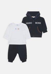 BOSS Kidswear - BABY SET - Mikina na zip - navy - 0