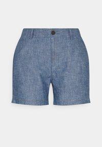 GAP Petite - Shorts - indigo chambray - 0