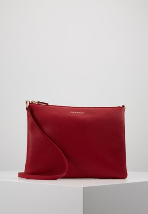 BEST CROSSBODY SOFT - Torba na ramię - cherry