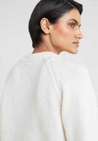 Filippa K - SOFT NECK  - Jumper - offwhite - 4
