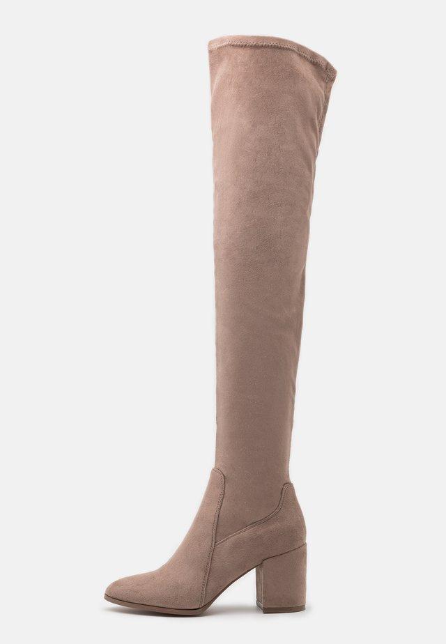 Overknee laarzen - taupe