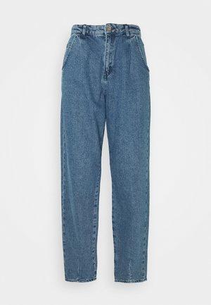ONLVERNA BALLOON - Relaxed fit jeans - medium blue denim