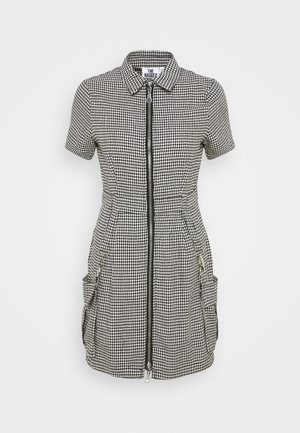 HOUNDSTOOTH SHIRT DRESS STRAPPED POCKETS - Kjole - black/white