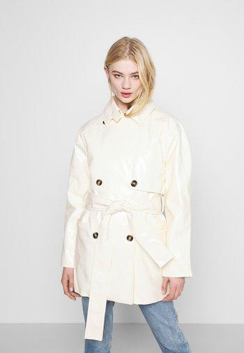 JANIS SHORT JACKET - Short coat - cream