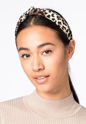 Hair styling accessory - browm