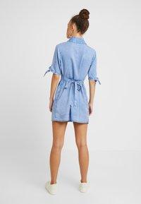 Miss Selfridge Petite - SHIRT DRESS - Farkkumekko - blue - 3