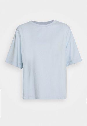TRISH - T-shirt basique - light blue