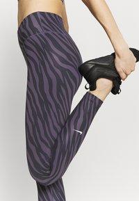Nike Performance - ONE 7/8 - Leggings - dark raisin/white - 4
