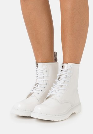 1460 MONO - Bottines à lacets - white