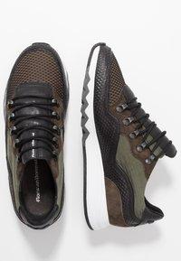 Floris van Bommel - NINETI - Sneaker low - dark green - 1