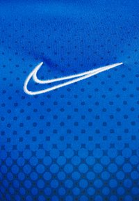Nike Performance - DRY ACADEMY - T-shirt print - soar/white - 5