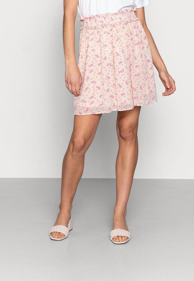 SLFSINA SHORT AOP SKIRT - Mini skirt - sandshell