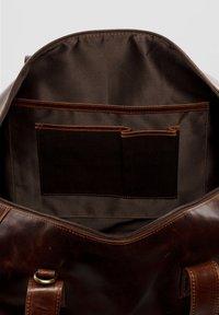 SID & VAIN - BRISTOL - Weekend bag - braun/cognac - 3