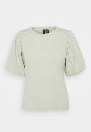 VMJOSE VOLUME - T-shirt print - desert sage