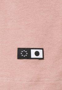 Edwin - OVERSIZE PLAIN SYNERGY - T-shirt basic - woodrose - 2