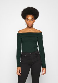 Vero Moda - VMPANDA OFF SHOULDER - Long sleeved top - pine grove - 2