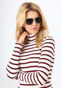 VOGUE Eyewear - GIGI HADID - Sunglasses - grey - 1