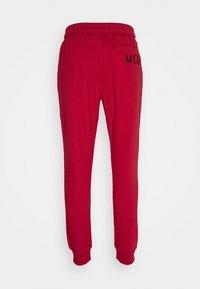 McQ Alexander McQueen - ANEIGMA - Pantaloni sportivi - red - 1