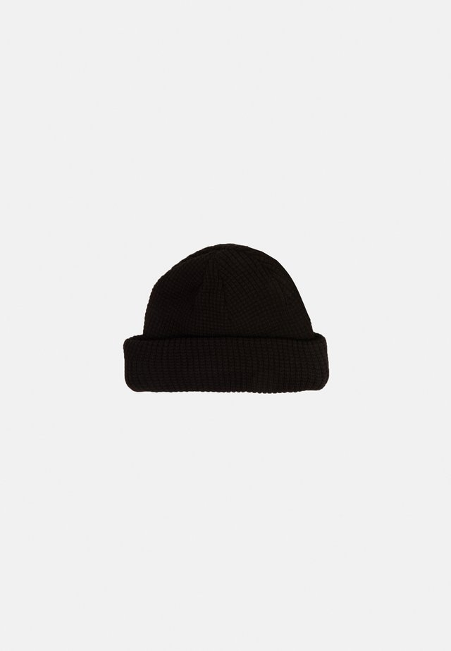 DOCKER - Muts - black