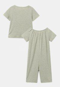 ARKET - SET UNISEX - Print T-shirt - green - 1