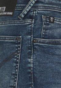TOM TAILOR DENIM - Shorts di jeans - used mid stone blue denim - 3