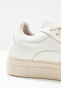 Selected Femme - SLFANNA NEW TRAINER  - Trainers - white - 2