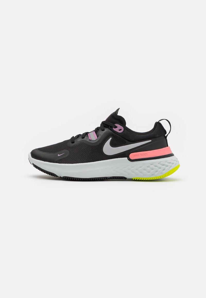 Nike Performance - REACT MILER - Neutral running shoes - black/metallic silver/violet dust