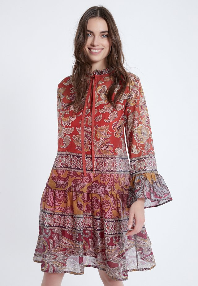 APYLE - Day dress - multi-coloured