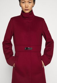 HUGO - MILORA - Classic coat - open red - 4