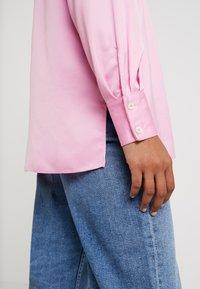 Miss Selfridge - BUBBLEGUM - Button-down blouse - pink - 5