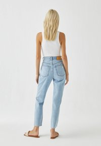 PULL&BEAR - Straight leg jeans - light blue - 1