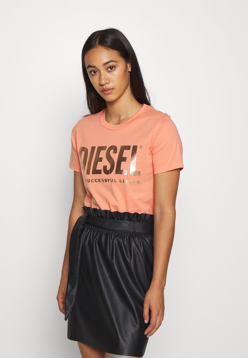Diesel - T-SILY-WX T-SHIRT - Print T-shirt - apricot