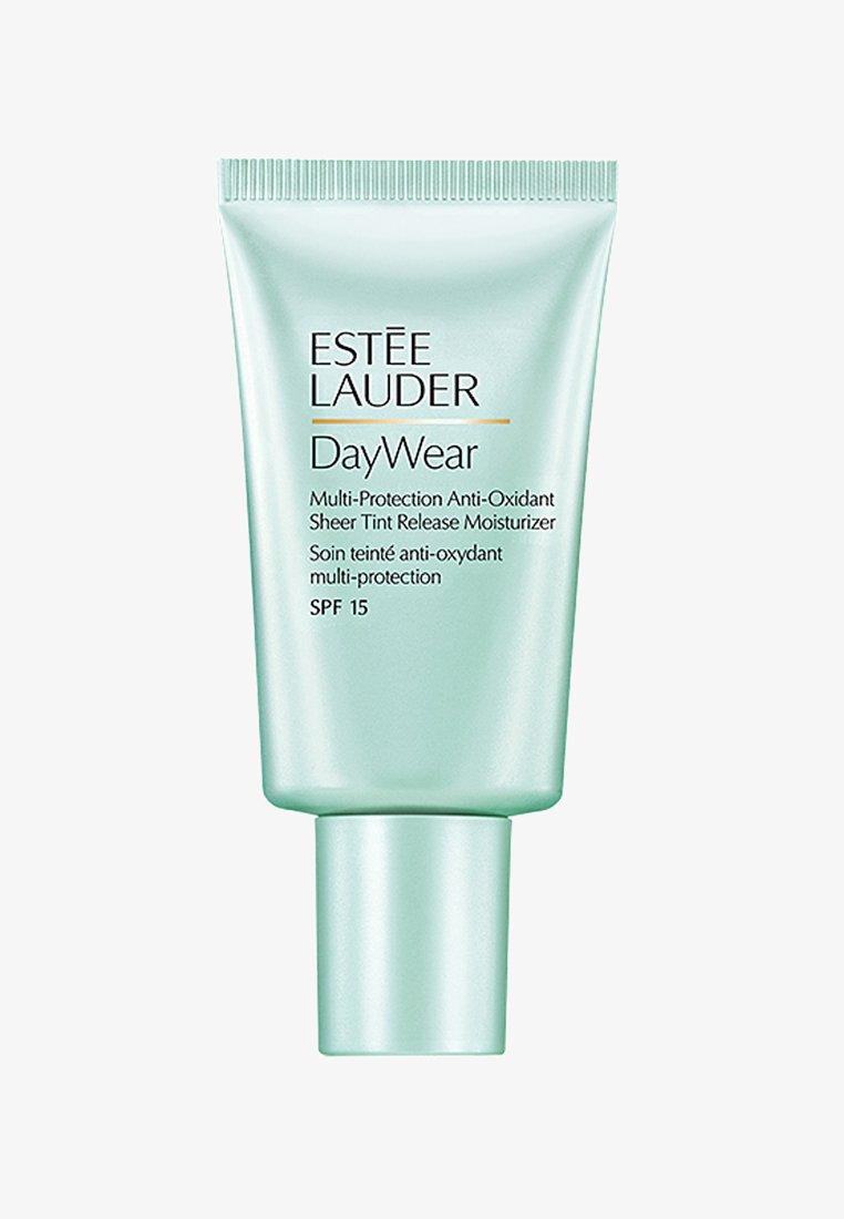 Estée Lauder - DAYWEAR SHEER TINT RELEASE ADVANCED MULTI-PROTECTION ANTI-OXIDANT MOISTURIZER SPF 15 - Face cream - -