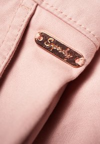 Superdry - CITY - Shorts - pink - 3