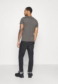 Burton Menswear London - SHORT SLEEVE CREW 7 PACK - T-shirt basic - black - 2