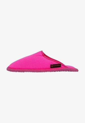 PHOENIX - Chaussons - pink