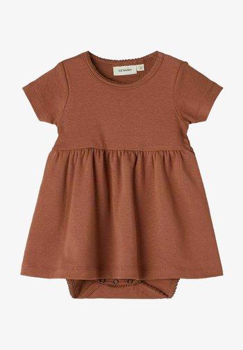 SHORT SLEEVE - Day dress - carob brown