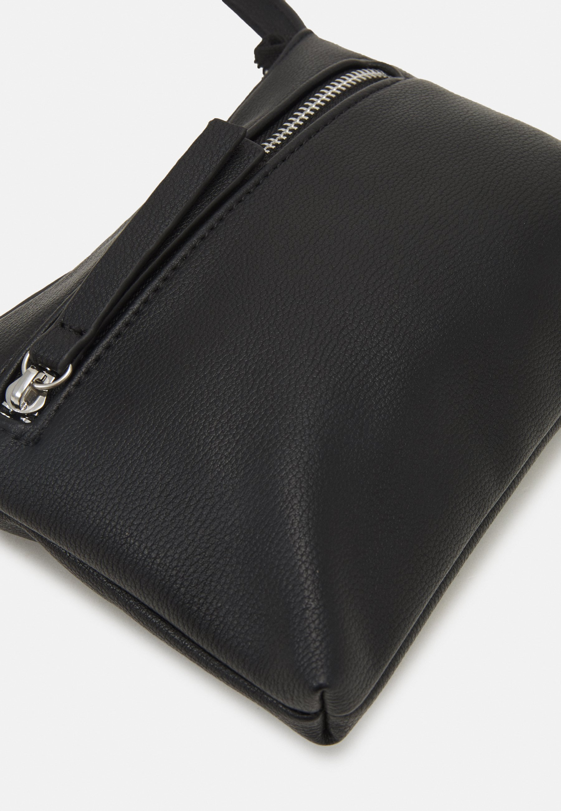 Women PCFINNA SMALL CROSS BODY - Across body bag