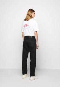 Han Kjøbenhavn - Relaxed fit jeans - black - 2