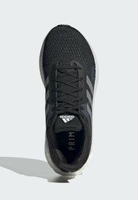 adidas Performance - TERREX AX3 GORE-TEX MID - Chaussures de running neutres - black - 1