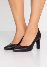 MICHAEL Michael Kors - ABBI FLEX - High heels - black - 0