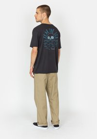 Roark - FEAR THE SEA - Print T-shirt - black - 2