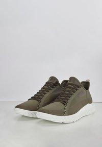 ECCO - Sneakers - tarmac/grape leaf - 2