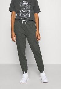 Even&Odd - Regular Fit Jogger with contrast cord - Verryttelyhousut - mottled dark grey - 0