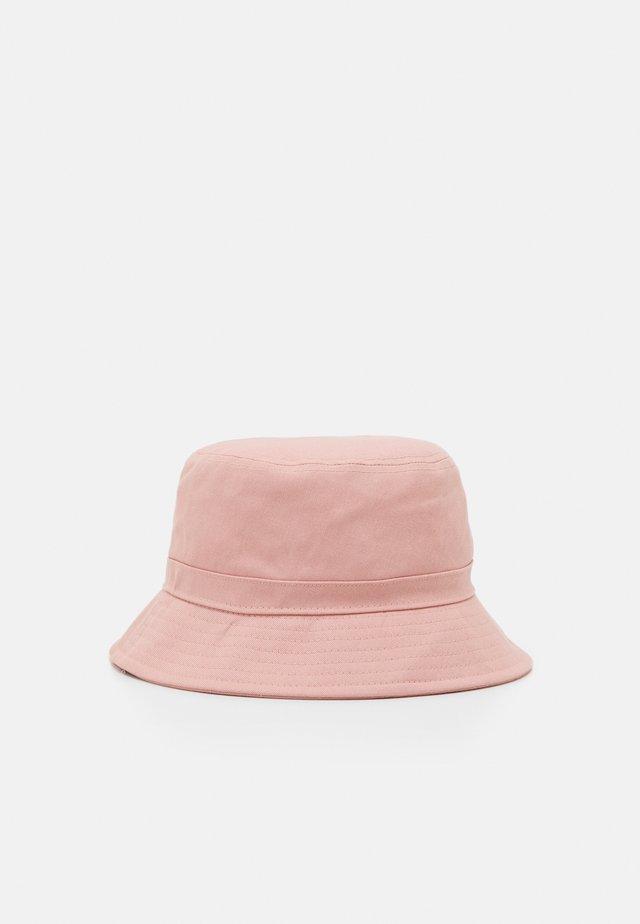 EMMI BUCKET HAT - Sombrero - pink