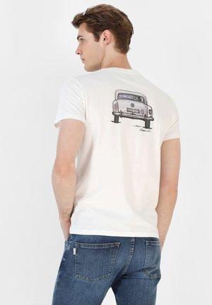 T-shirt z nadrukiem - off white