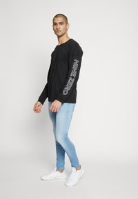 Jack & Jones - JCODOBBY TEE CREW NECK - Långärmad tröja - black - 1